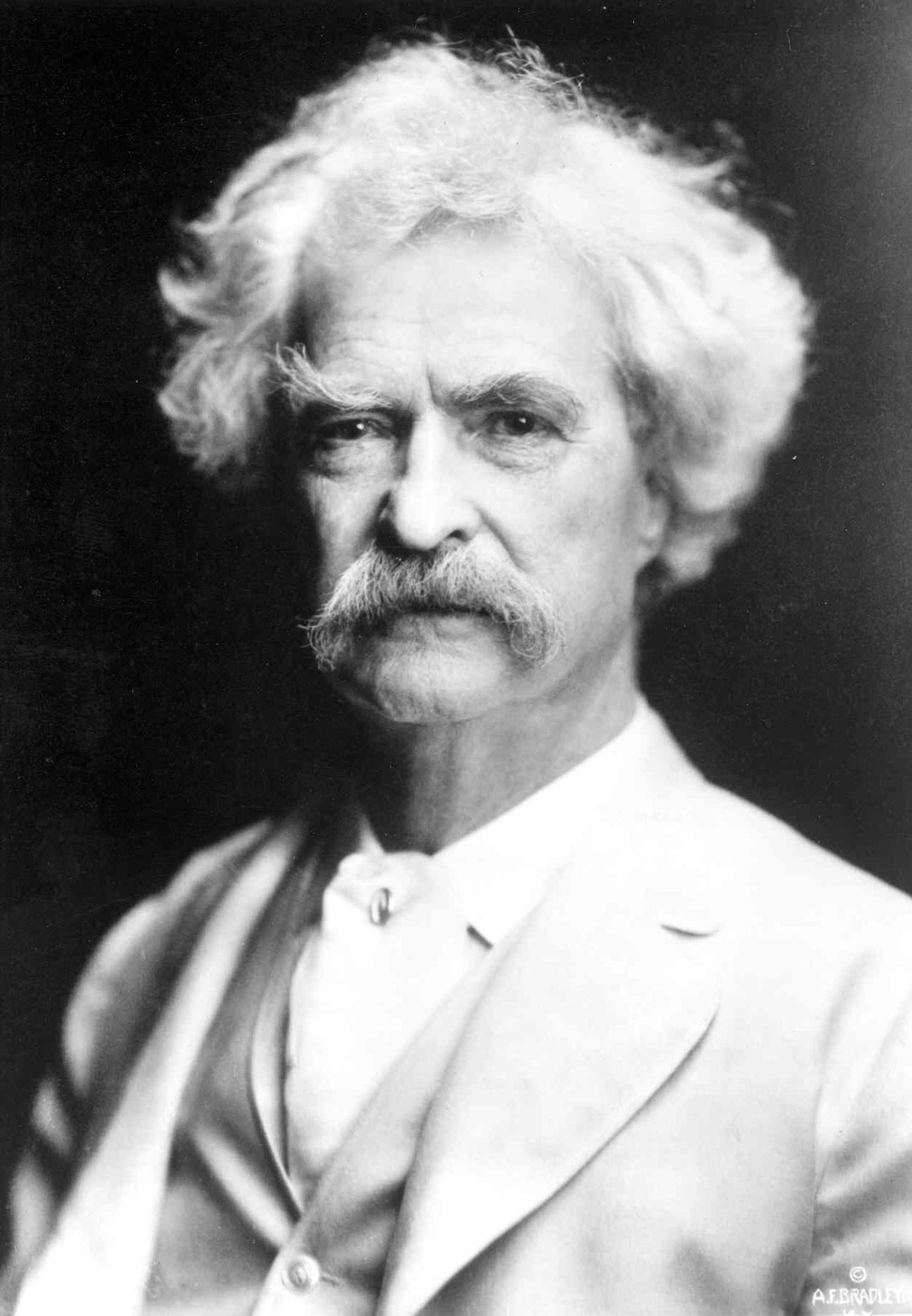 1289926514-Mark Twain-1